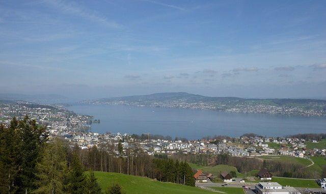 Wanderung am Zürichsee